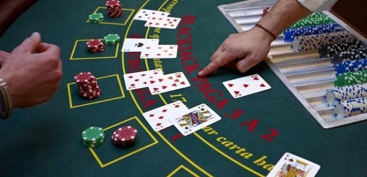 Hướng dẫn cách chơi Blackjack chuyên nghiệp